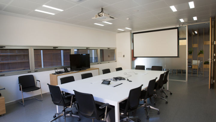 Las soluciones de Philips Office Lighting han creado una atmósfera eficiente en la sala de reuniones de E.ON España